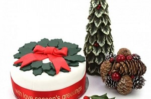 dulux_christmas_fruit_cake--300x300
